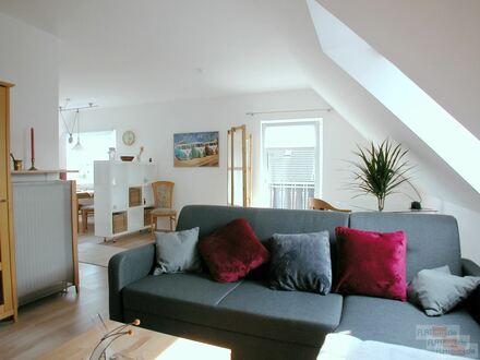 FLATmix.de / Helle, grozügige möblierte Etagenwohnung mit offene Küche