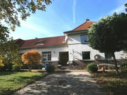 Bockenem OT - Ein- bis Zweifamilienhaus mit Nebengebäude