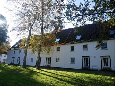 2-Zimmer Maisonette-Wohnung inkl. PKW-Stellplatz in 24148 Kiel zu verkaufen.