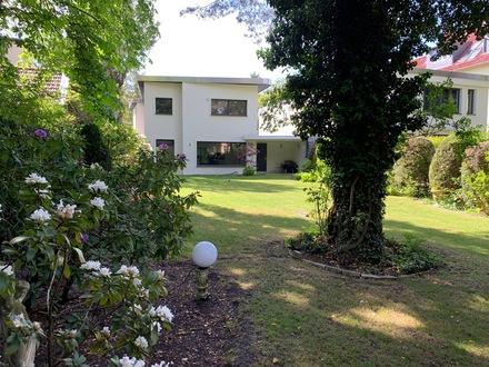 Arbeiten und Wohnen im Einfamilienhaus in Berlin - Grunewald