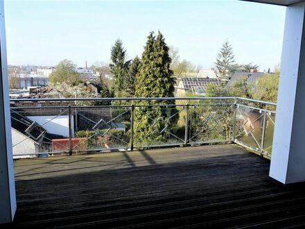 Attraktive 4-Zimmer-Dachgeschoss Eigentumswohnung mit Teilungsoption