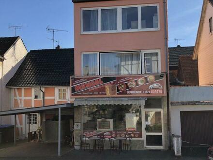 Einfamilienhaus mit Gewerbeeinheit in Heringen zu verkaufen