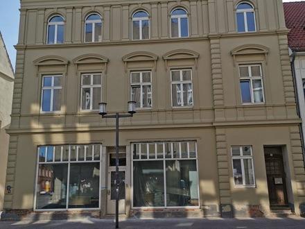 +++ Dachgeschosswohnung mit Balkon - Innenstadt Stendal+++