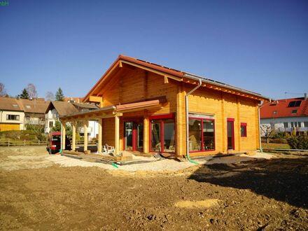 Ökologisches, schlüsselfertiges Bio Holzhaus nach Ihren Wünschen auf 400 qm ebenem Grundstück