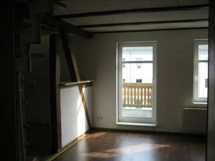 Helle 3-Raumwohnung mit Balkon in Südausrichtung über 2 Ebenen in 14712 Rathenow, Friesacker Straße (2. OG und DG); ruhig,…
