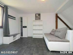 Möblierte Dachgeschosswohnung in Kitzingen