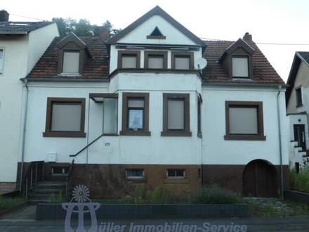 Blieskastel - Stilvolles Wohnhaus mit Renovierungsbedarf