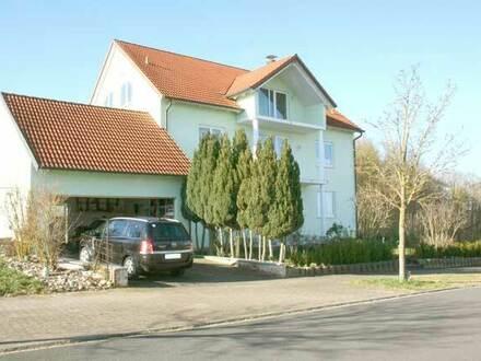 Wohntraum - Mehrgenerationenhaus in grüner Lage / Maßbach