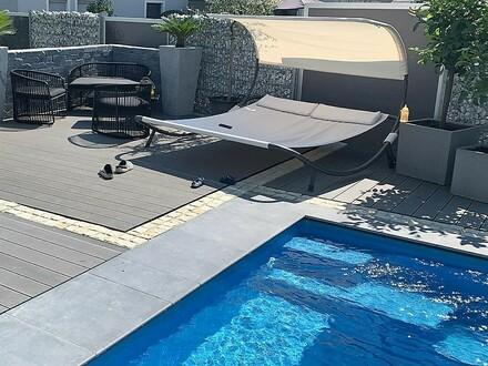 Modernes & exklusives, neu-errichtetes Landhaus mit Pool