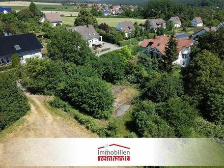 Großzügig & erschlossenes Bauland mit altem Baumbestand!