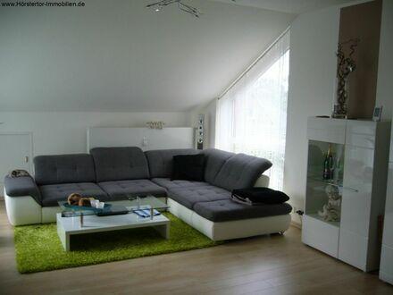 Attraktive 2-Zi-DG-Wohnung mit Loggia, Stellplatz und Gartenanteil!