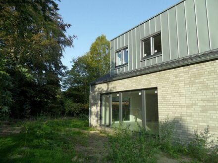 Nienberge, Neubau-DHH mitten im ruhigen, idyllischen Ortskern!