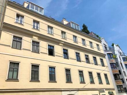 Mariahilf nahe Raimund Theater : großzügige Altbauwohnung
