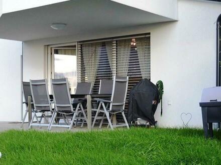 Kleines Paradies mit Garten und Tiefgarage - Neuwertig!!!