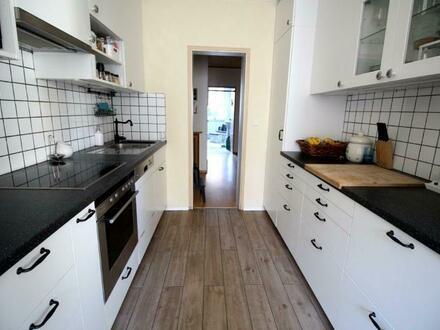 Sonnige Familienwohnung mit schöner Küche!