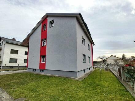 Platz für Generationen - Wohnhaus mit 3 Wohnungen, Garten und Garagen