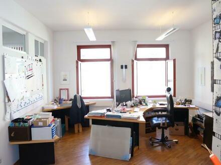 Stilvolle Büroräumlichkeit mitten im Zentrum!