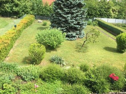Ländlicher Familiensitz mit herrlichem Garten!