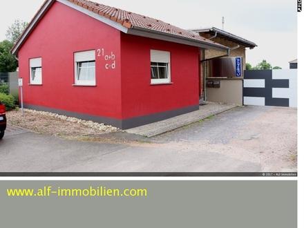 Kleines Bürohaus Außenansicht