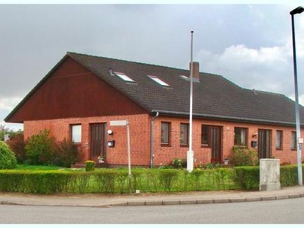 Anlageobjekt in Bredstedt: gut vermietetes Doppelhaus in ruhiger beliebter Wohnlage vor den Kögen.