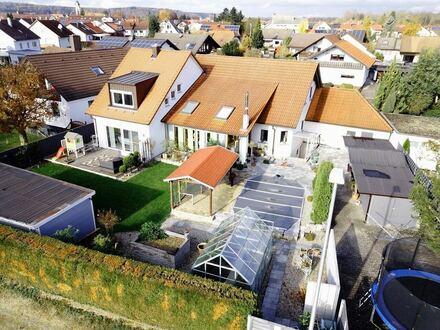 Top gepflegtes Einfamilienhaus mit neuwertiger Doppelhaushälfte in ruhiger Lage in Dietenheim
