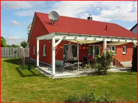 Neuwertiges und kompaktes Einfamilienhaus...