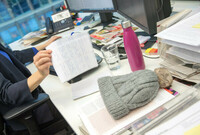 Chaos auf dem Schreibtisch fördert die Kreativität