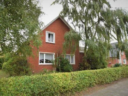 Attraktive Siedlungslage in Bunde! Geräumiges Einfamilienhaus in sanierungsbedürftigem Zustand