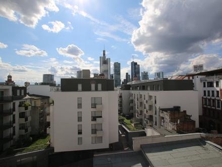 Der Töngeshof: Einzigartiges Penthouse mitten in der City mit Skylineblick