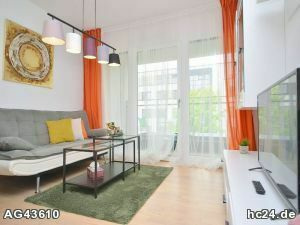 Stilvoll möbliertes Apartment mit WLAN, Stellplatz und Balkon in der Erlanger Innenstadt