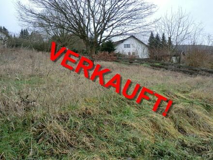 RB Immobilien – Schönes Baugrundstück, voll erschlossen und kurzfristig bebaubar, mit Blick auf den Lemberg