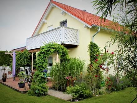 Exklusives Einfamilienhaus in ruhiger Ortsrandlage