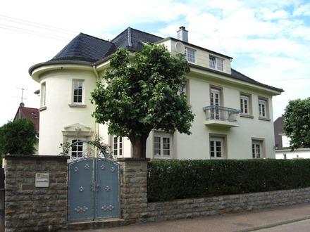 *** Liebevoll sanierte Villa sucht neue Eigentümer ***