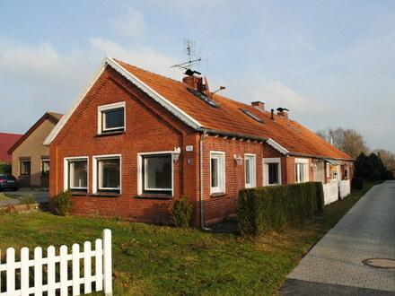 Doppelhaushälfte mit Einbauküche & tollem Kamin - Nähe Weener & Papenburg!