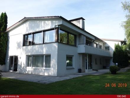 Wohnhaus mit Bauplätzen - in super Lage von Aldingen!