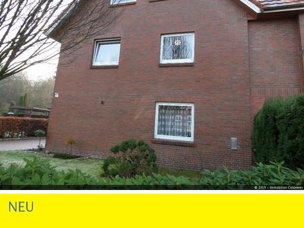 Geräumige Dachgeschosswohnung mit Carportstellplatz in guter Lage von Halsbek!!!
