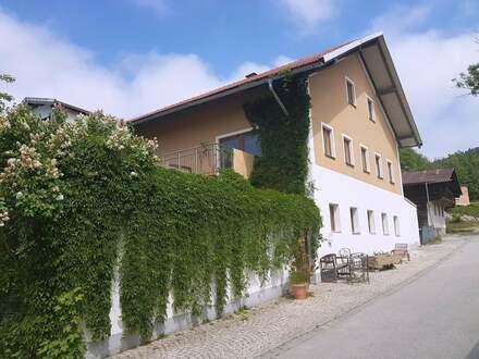 *HOHE RENDITE* 15 Wohneinheiten in ländlichem Anwesen - TOP Einnahmen bei Perlesreut