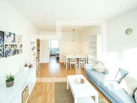 Nur wenige Stufen zu Ihrer renovierten Wohnung mit Balkon