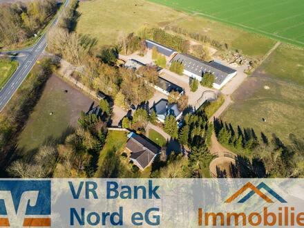 Etablierter Reiterhof mit Tierklinik, modernen Stallungen,Reithalle und arrondiertem Grünland