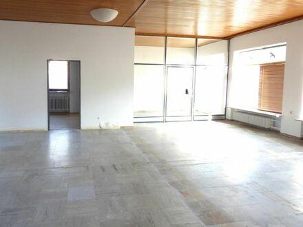 174.000,- für 9 7 qm flexibel teilbarer Wohnfläche im ehemaligen Gewerbe + 2 KfZ Stellplätze möglich