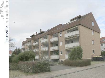 Bielefeld-Mitte: Sonnige 2 Zimmer-Dachgeschosswohnung - Nähe Stauteiche