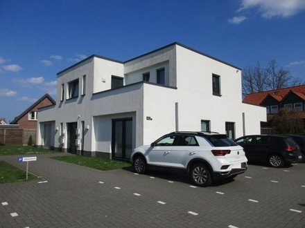 5571 - Schöne Obergeschosswohnung mit 2 Dachterrassen in Oldenburg Nadorst!