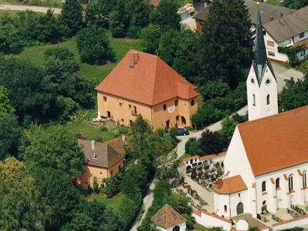 » Liebevoll restauriertes Schloss aus dem 16. Jahrhundert «