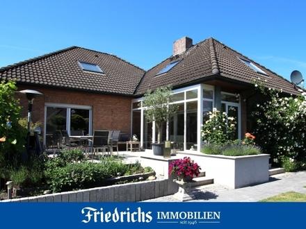 Stilvolles Komfort-Wohnhaus mit Wintergarten in Wohngebietslage in Wiefelstede - nahe Oldenburg