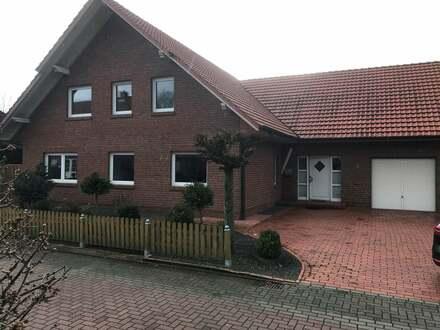 Zweifamilienhaus in ruhiger Wohnsiedlung von Kettenkamp