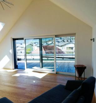 Dachterrassenwohnung-Barrierefrei-Zentral-Hochwertig-Ruhig - inkl. Tiefgaragenstellplatz!