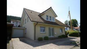 2 Familien-Komfortwohnhaus in bester Wohnlage