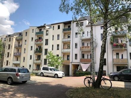 Wohnungssucher aufgepasst! wunderschöne ruhige 2 Zi.-Wohnung (48qm) inkl. Wohnküche, Bad, Balkon in Uni-Nähe