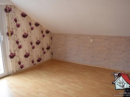 Obergeschosswohnung mit großer Dachterrasse in Friesoythe zu vermieten!!