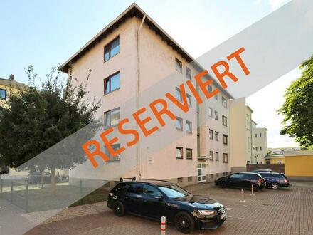 TT bietet an: 4-Zimmer-Wohnung mit Südbalkon in Innenstadtnähe!